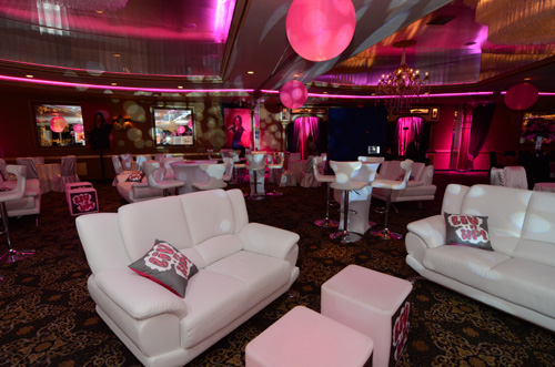 Club/ Lounge Atmosphere